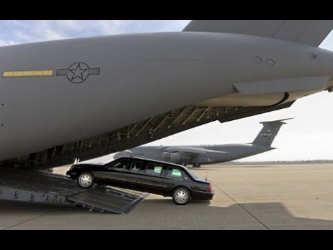 """The time the Presidents limo """"The Beast"""" broke down in India"""