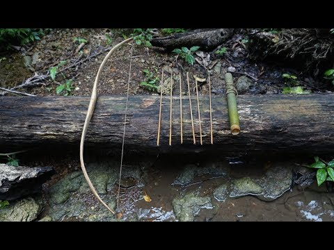 TROPICAL RAINFOREST, EPISODE 13, HOW TO MAKE BOW AND ARROWS