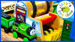 Thomas and Friends FOOD TRACK! Popcorn Factory! Fun Toy Trains