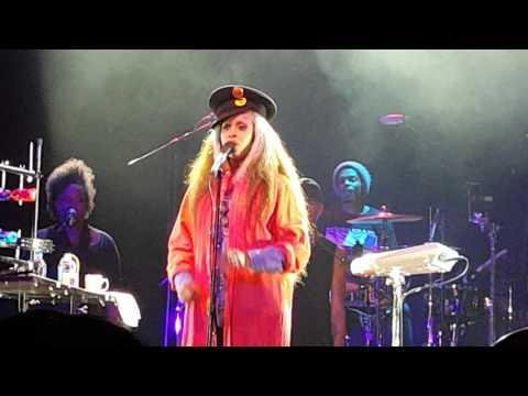 Erykah Badu - Liberation - LIVE @ San Manuel Casino