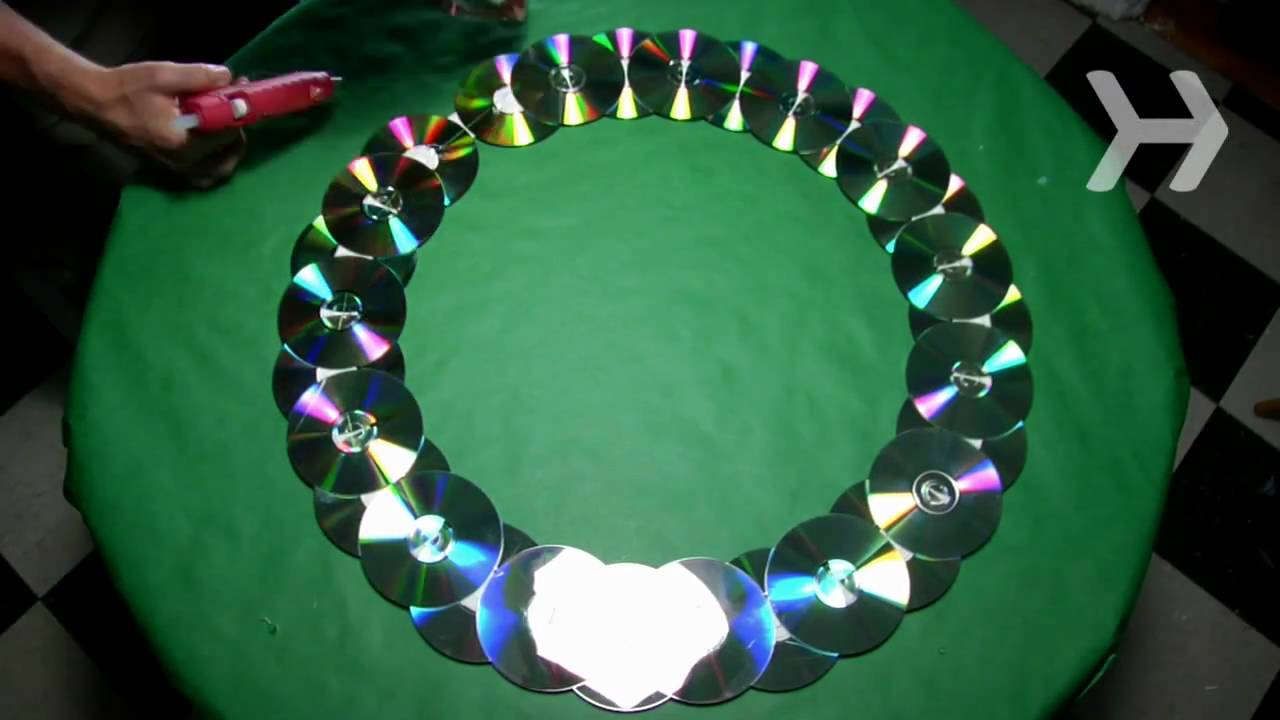 How To Make A Wreath Out Of Old Cds Youtube