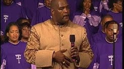 Pastor Marvin L. Winans singing and preaching