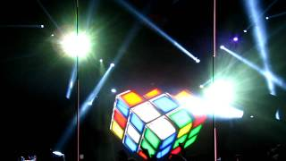 Deadmau5 Amazing Light Show Rubix Cube UMASS.MOV