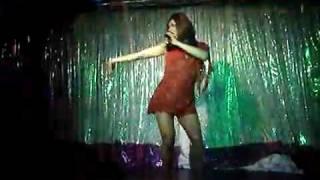 Supremme de Luxe - Supertravesti en Soho Kopas