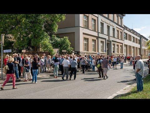 Setkání absolventů SŠIS Dvůr Králové nad Labem