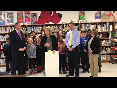 Horace Mann donates money to Springfield Public Schools Foundation, scholarship fund