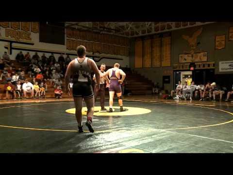 225 lbs  Dominic Freesha, Escalon HS, CA vs Carrick Smith, Bonneville HS, ID