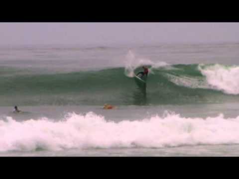 Lakey Peterson sticks a big 360 air in Surfing America Prime Event