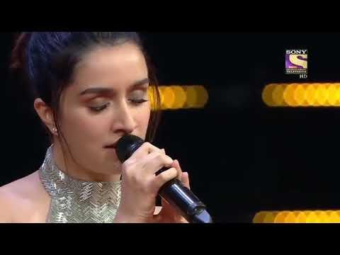 Shraddha Kapoor singing  | sun raha hai na tu