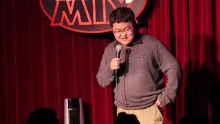 Robert Peng at the Comedy MIX
