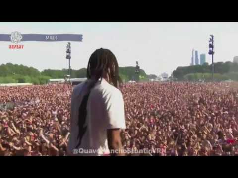 Lollapalooza goes crazy to see the Migos *Live*
