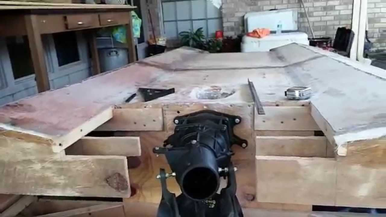 Homemade plywood jet boat pt.8(steering and reverse) - YouTube