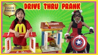 Pretend Play Mcdonalds Drive Thru using Fake Money