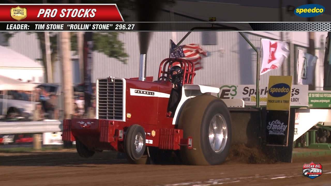 Pro Stock Pulling Tractors : Pro pulling league stock tractors at