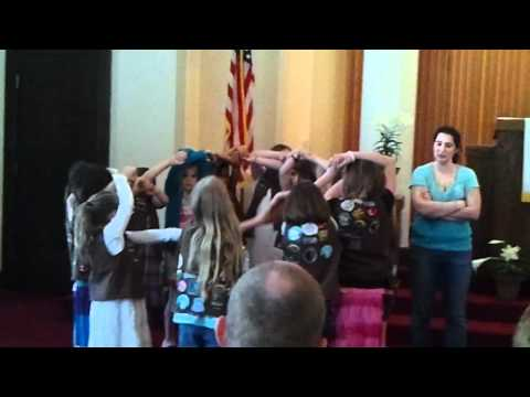 Download Youtube: Girlscout hand squeeze