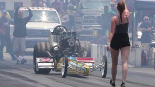 Dragstrip Rumble in Bowling Green: Tyler Hilton and Jim Young square off during Top Fuel Eliminator