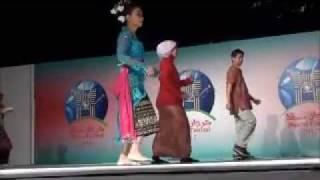 Tarian Poco-Poco; Indonesian Dance (KBRI-Oman, 2012)