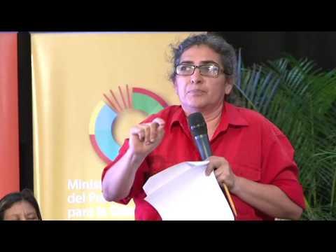 VICEMinistra Yoama Paredes en el congreso pedagogico nacional 2016