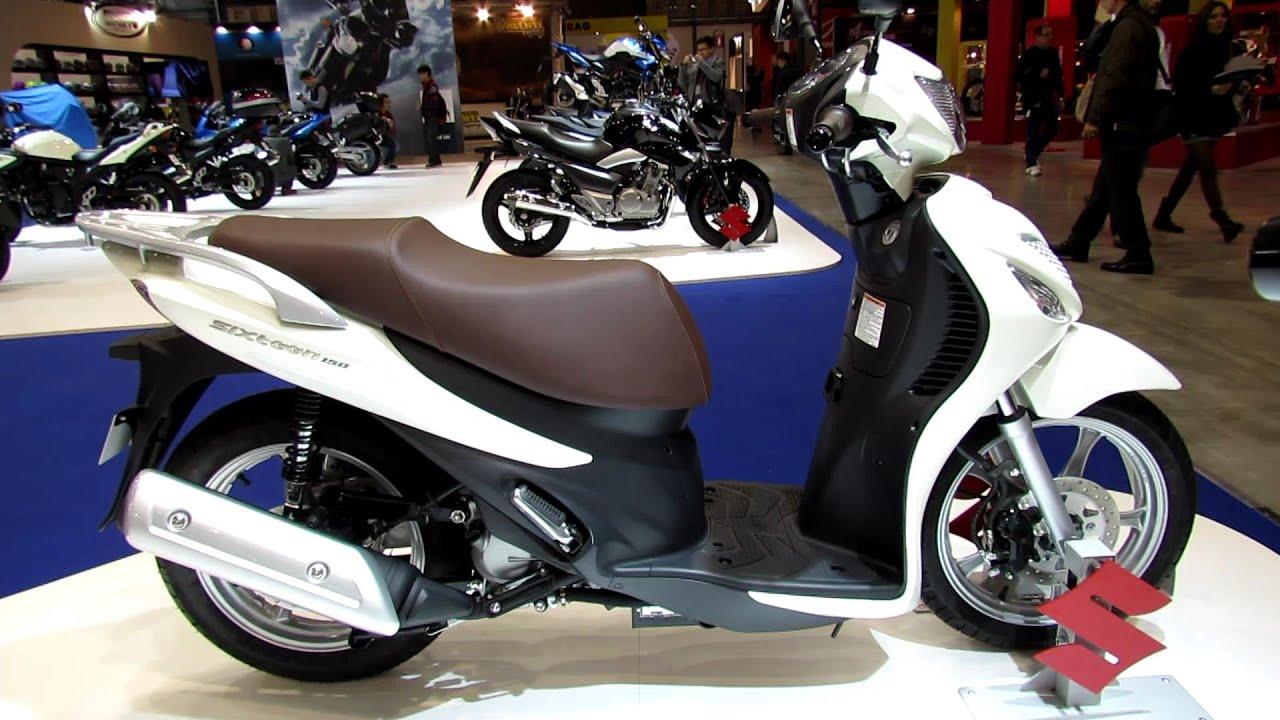 Motor Skuter Suzuki