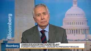 Premature for Trump to Exit Russia Nuclear Weapons Pact, Amb. Burt Says