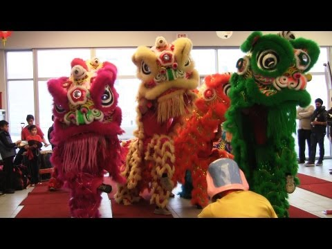 Lion Dance Calgary 2013 At Sunridge Nissan