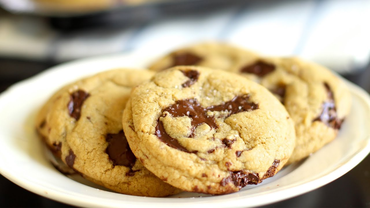 Chewy chocolate chips cookies recipe