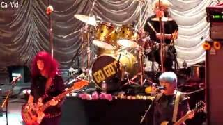 The Go-Go's perform Sparks' Cool Places, Cool Jerk (cover of The Ca...