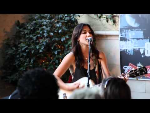 Michelle Branch - Everywhere - Live Acoustic Performance