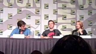 Castle Panel at Comic Con 2011 - The Cast Discusses The X-Files Crew & Casting Castle's Dad