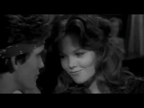 Diane Lane kissing shoes off in Rumble Fish 1983 Matt Dillon