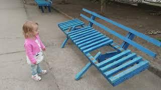 #ZlataShow Аборигены поломали лавочку, надо наказать!