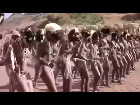 Sexy African tribe dance