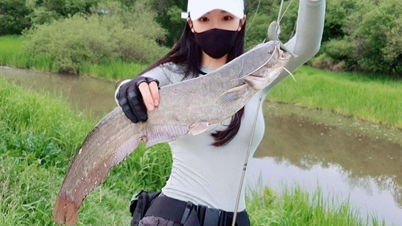 오래된 수로에서 발견한 오래된 녀석! Old fish found in old waterways 낚시
