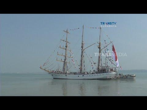 Puluhan Cadet Dilepas Berlayar Dengan KRI Dewa Ruci