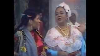 LA INDIA MARIA Y TOÑA LA NEGRA EN DIVERTIDA ESCENA COMICA Y BAILE JAROCHO