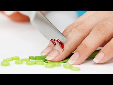 FX Makeup Series: I nailed my hand!