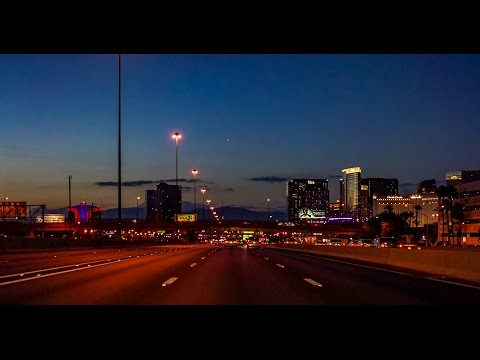 16-35 Las Vegas: Saturday Dusk to Dark Tour