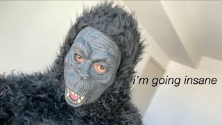 scary-gorilla-prank-on-roomate