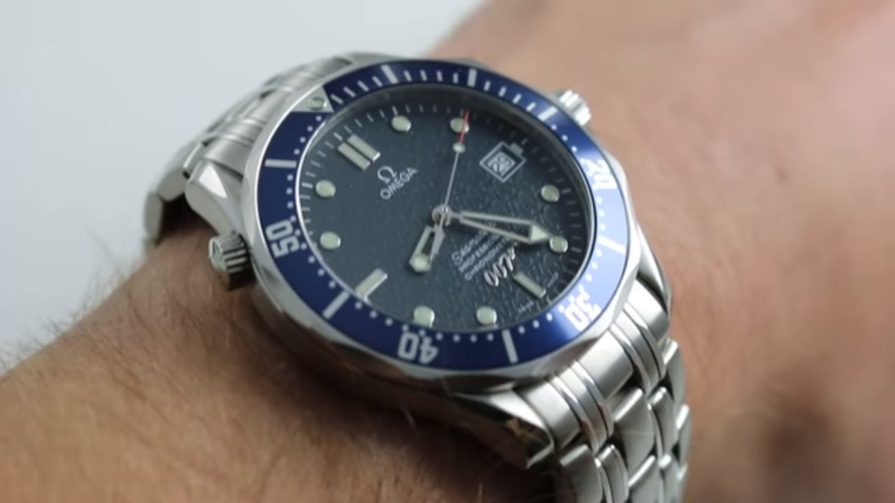 88fa7c656a8 Omega Seamaster James Bond 007  40 Years of James Bond  - Ref. 2537.80.00  Watch Review