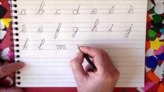 Apprendre à écrire et lire lettres alphabet français en maternelle et au cp