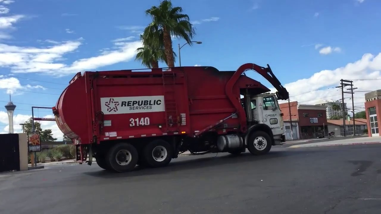 Silver State Disposal / Republic Services - Front Loader #3140