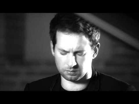 Bertrand Chamayou records Ravel's Pavane pour une infante défunte (Pavane for a Dead Princess)