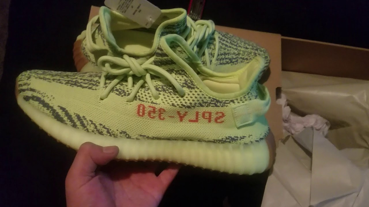 Frozen Yellow Yeezy unboxing from