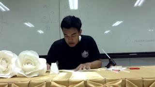 Repeat youtube video สอนทำดอกกุหลาบจากกระดาษ