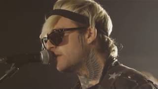 Highly Suspect - Serotonia live (HD)