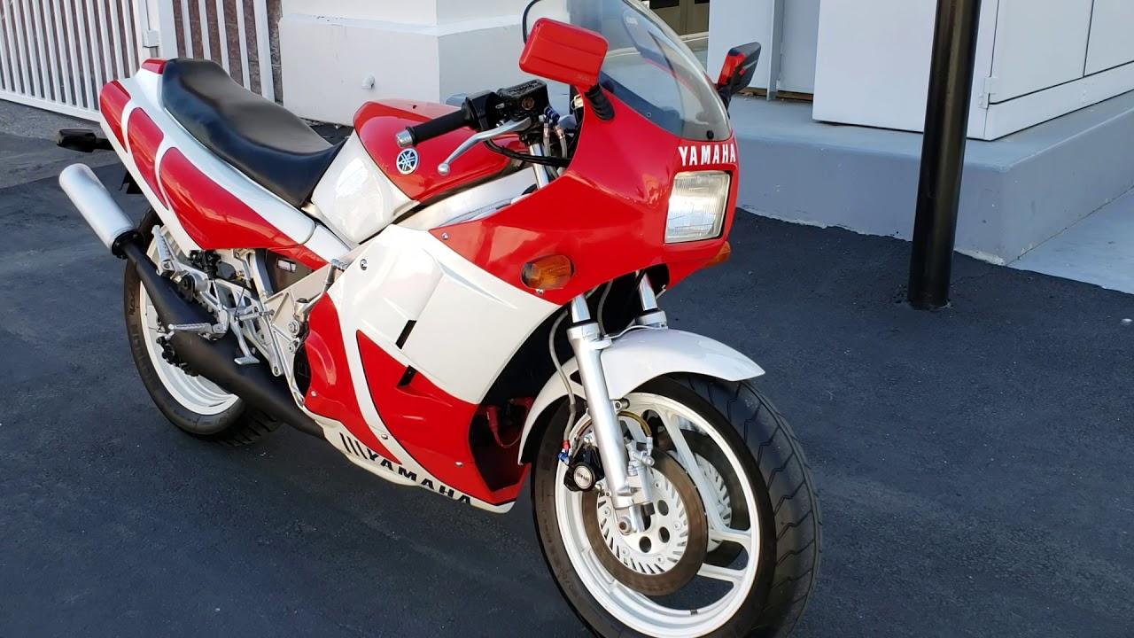 V4 Two-Stroke Sound: 1984 Yamaha RZ500