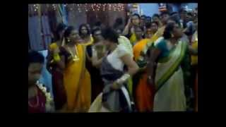 Repeat youtube video Transgender dance  (thirunangai)