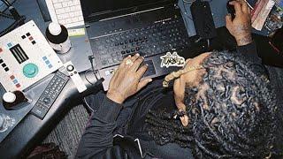 Скачать How Wheezy Makes Beats In The Studio