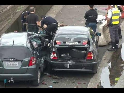 Motorista embriagada atropela e mata três pessoas na Marginal Tietê | SBT Brasil (30/09/17)