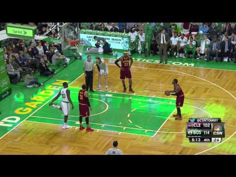 Celtics announcer Tommy Heinsohn loses his mind over a call